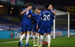 Everton 'tự hủy', Chelsea củng cố vị trí trong top 4 Ngoại hạng Anh