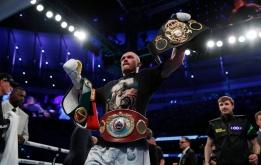 Anthony Joshua mất 4 đai vô địch hạng nặng vào tay Oleksandr Usyk