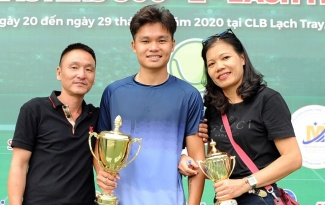 Hoàng Nam thua Linh Giang ở chung kết VTF Masters 500