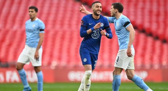 Hakim Ziyech nổ súng, Chelsea đập tan giấc mộng ăn 4 của Man City