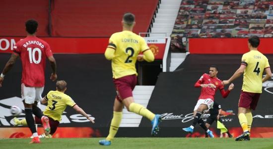 Mason Greenwood quá bùng nổ, Man Utd hạ gục đối thủ cứng đầu