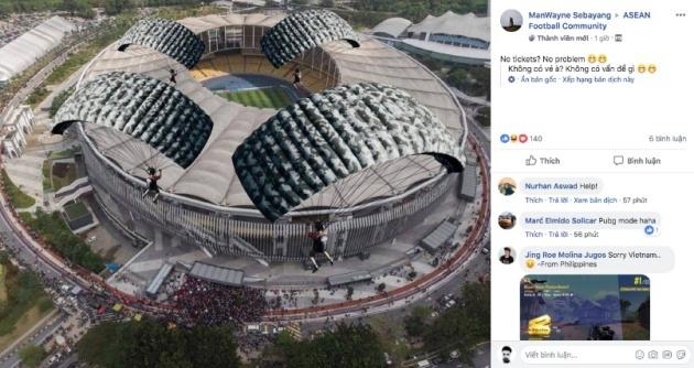Hài hước! NHM Malaysia bày cách vào SVĐ mà không cần mua vé