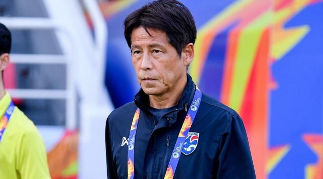 Thái Lan chính thức sa thải HLV Akira Nishino