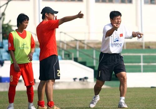 Giải vô địch bóng đá nữ quốc gia 2012 khai mạc vào tháng 4