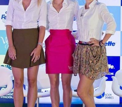 Ba bóng hồng tennis váy ngắn xinh tươi