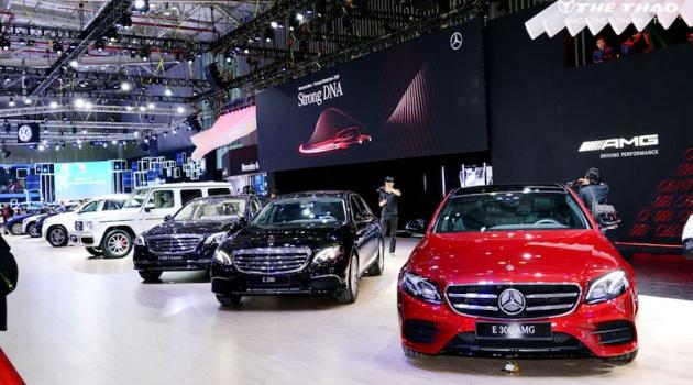 Choáng ngợp trước dàn xe hùng hậu Mercedes-Benz Việt Nam tại VMS 2019
